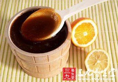 蜂蜜首乌丹参汁调人蜂蜜