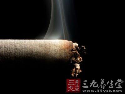 吸烟与胃癌也有一定的关系