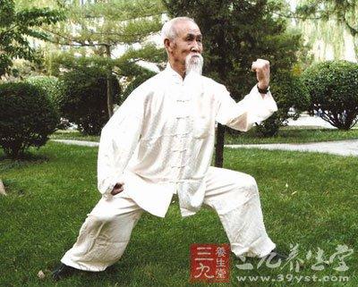 武术养生功法更适合老年人健身