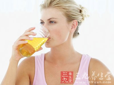 蜂蜜中的果糖葡萄糖可以很快被吸收利用