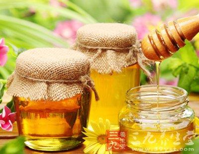 喝蜂蜜水有什么好处 震撼你的双眼