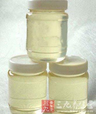 洋槐蜂蜜的功效与作用 滋养身体健康口感好