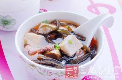 海带结萝卜排骨汤_二,海带结萝卜排骨汤