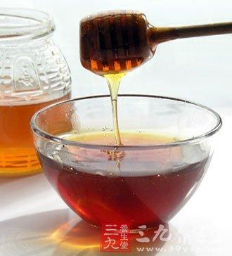 蜂蜜能改进血液的成分推进心脑和血管功用