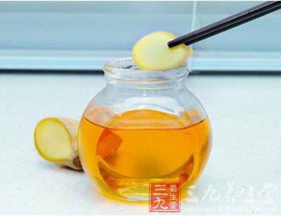 蜂蜜水的作用与功效 什么时候喝好