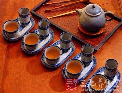 柯南 茶道/大肠水疗是一种利用水和医疗设备清洗肠道的方法