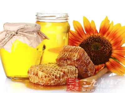 蜂蜜面膜每天涂敷面部