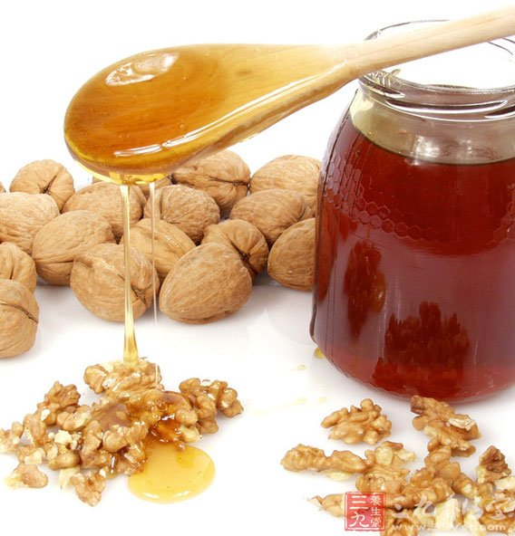 实验研究证明,用蜂蜜饲喂小鼠,可以提高小鼠的免疫功能。