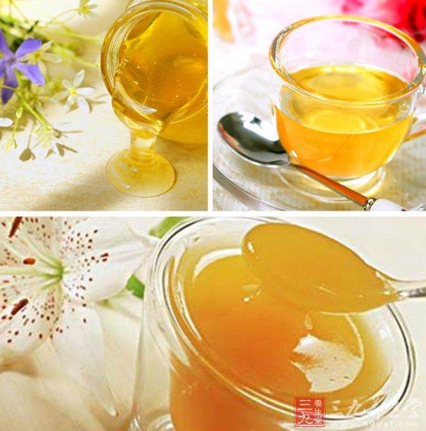 睡觉前饮用一杯蜂蜜水