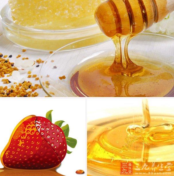 蜂蜜中含有果糖、葡萄糖、酶、蛋白质、维生素及多种矿物质