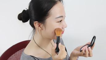 化妆时间长也会得黄褐斑