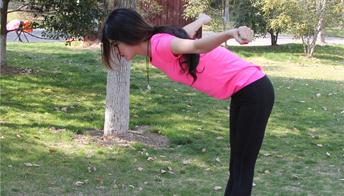 如何预防脊柱侧弯