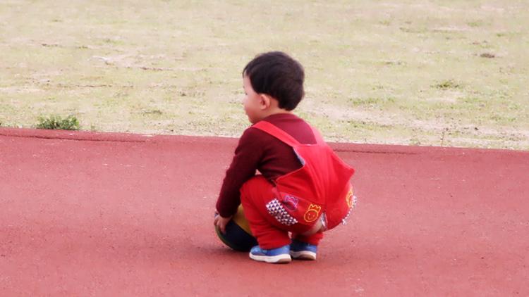 孩子感到自卑怎么办
