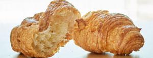 上百学生吃问题面包得肠炎 学校拒答采购问题