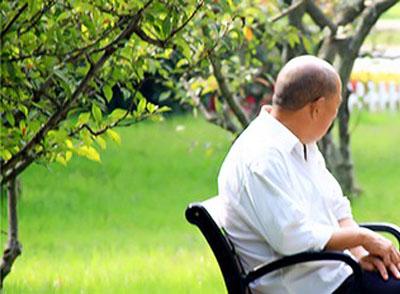 多运动有助开拓思维和避免老人痴呆