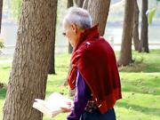 研究表明肠道微生物组能影响老年人肌肉力量