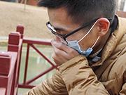 美国单日新增新冠肺炎超7.4万例