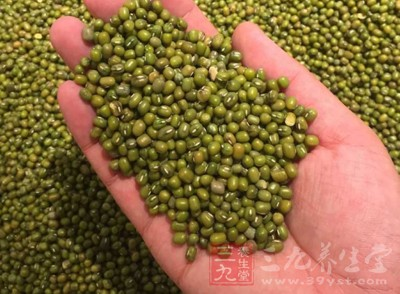 绿豆以及粳米各适量