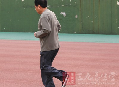 跑步肚子痛小心身体器官生病了