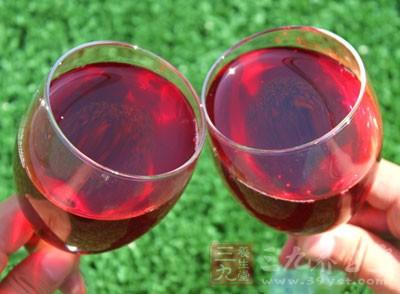 干红葡萄酒怎么喝 教你正确的喝干红葡萄酒