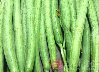 如今,人们越来越关注自己购买的食品是否是绿色食品