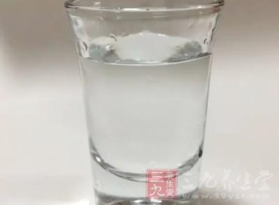 很多人在日常没有一个良好的喝水习惯