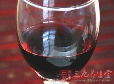 如何自制葡萄酒 教你自制葡萄酒的做法