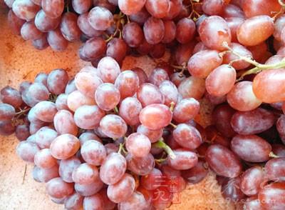 葡萄是很好吃的一种水果