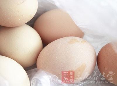 水煮蛋的好处 这物煮熟后揉脸既养生又减龄