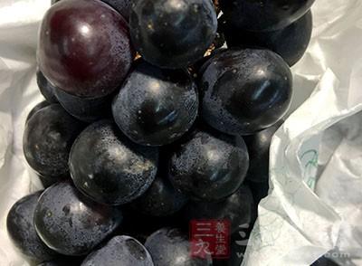 可以适量食用葡萄