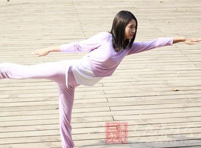 瑜伽减肥方法 瑜伽与饮食结合让你瘦不停