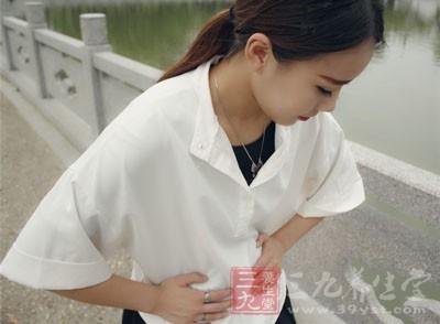 长在黏膜下面的肌瘤或者长在肌壁间的比较大的肌瘤都会引起女性朋友的剧烈疼痛