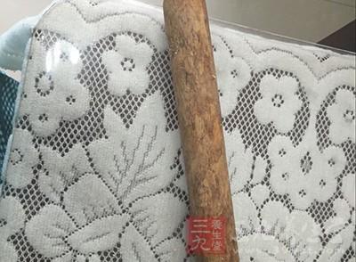 大腿内侧妙用擀面杖
