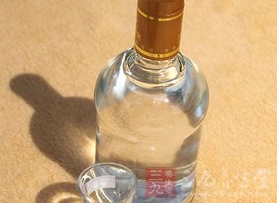多数人认为饮酒是男性会经常做的事情