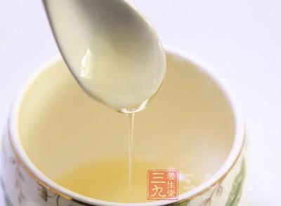 蜂蜜的功效 吃蜂蜜一生少吃药