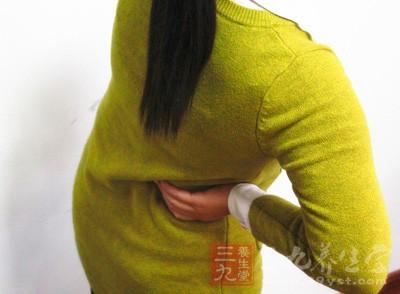 女性到了月经期就会感到很疲劳,出现腰酸的现象