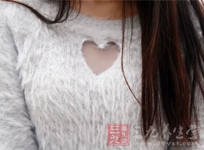 乳腺癌的症状 从女人这处毛竟可看出乳腺癌