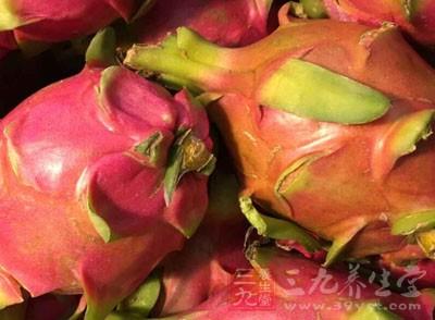 吃什么水果对皮肤好 怎么样通过吃饭护肤