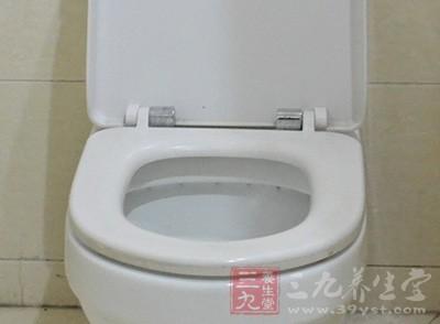 马桶的使用 公厕里的马桶竟藏有这样的秘密