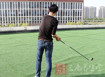 打高尔夫 详解球品比球技更重要的原因