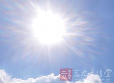 追着太阳走,才能活得长