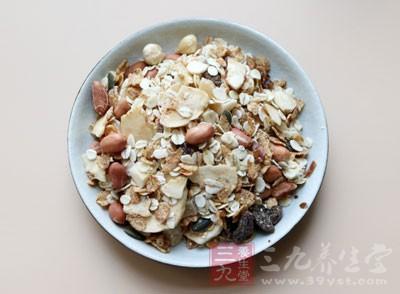 燕麦颗粒浑身是宝,几乎包含人体所需的全部强力营养成分