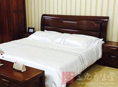 床单、被罩和枕巾一定要及时的清洗