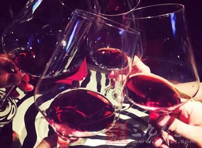 教你六个步骤喝红酒