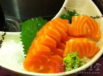 说到生鱼片,或许很多人都会觉得是来自日本和韩国,但其实不是