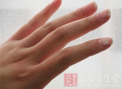 指甲是皮肤的附件之一