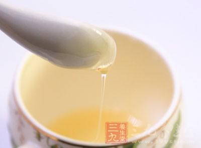 新鲜蜂蜜可直接服用,也可配成水溶液服用
