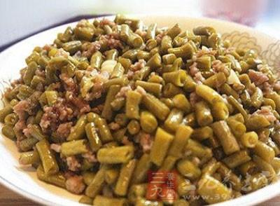 肉末酸豇豆的做法 酸豆角不宜多吃