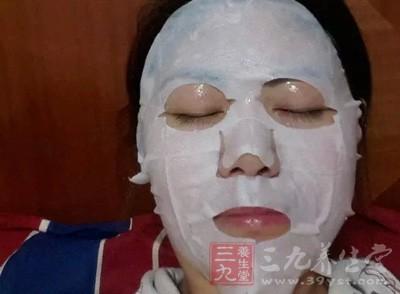 护肤要点 初冬敷这物在脸上竟更显肌肤细滑