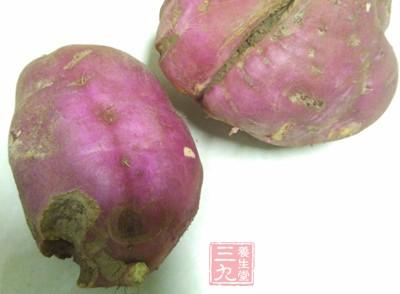 这种颜色的红薯吃一次就中毒 赶紧丢了